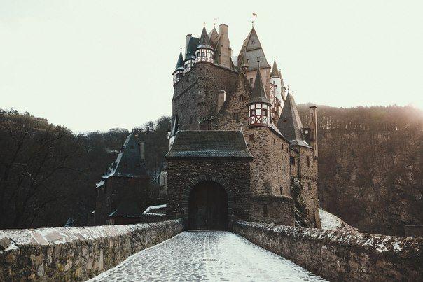 Burg Eltz (XII cent.), Rheinland-Pfalz, Deutschland