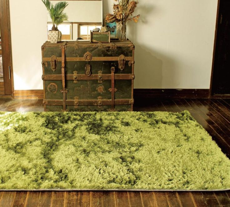 grass rug a rug that looks like itu0027s made from grass hint itu0027s