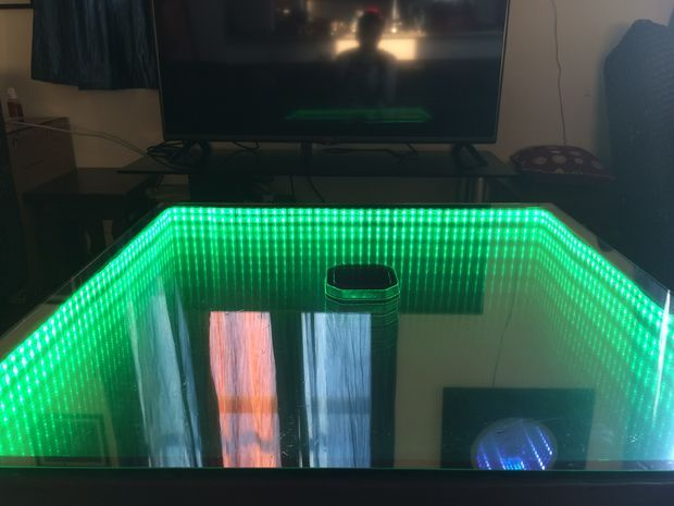 Picture of Infinity Mirror Table - the easy version