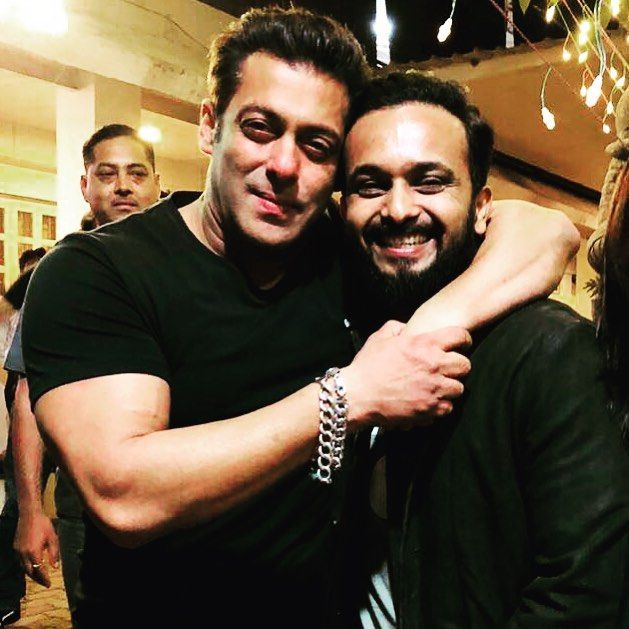 MS Dhoni, Kedar Jadhav attend Salman Khan's birthday bash