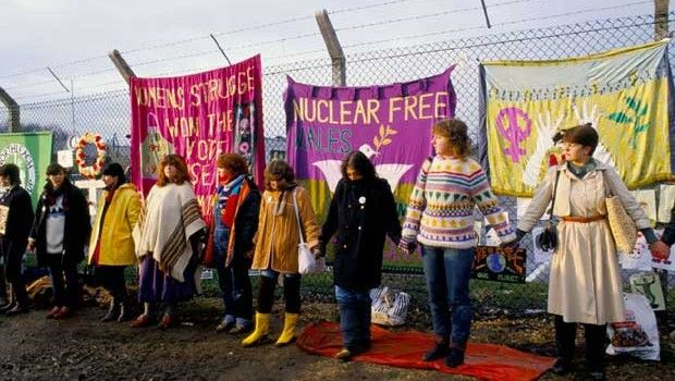 Historical Craftivism: Greenham Common Womens Peace Camp #histcraftivism