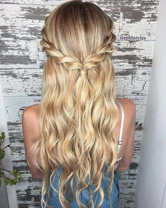 Braid half up half down hairstyle ideas,prom hairstyles,half up half down hairstyles,hairstyle for long hair #diyhairstyles #diyhairstyleshalfup #Wome...
