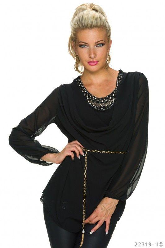 Zwarte blouse met opvallende halslijn
