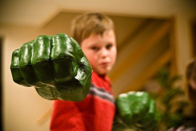 Incredible Hulk Smash Fists