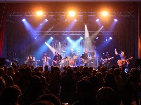 #Konsert og #Dans #med #Vassendgutane
