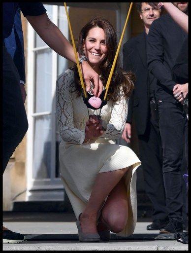 Kate Middleton waagt zich aan een watergevecht
