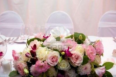 Mesa decorada para la cena de una boda Foto de archivo: Photo, Tablescapest Sets