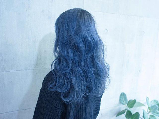 #まなみcolor . ネイビー . 色落ちも綺麗なネイビーカラー . #shachu #hair #color #ヘアカラー #blue #青 #ネイビー #long #グラデーション