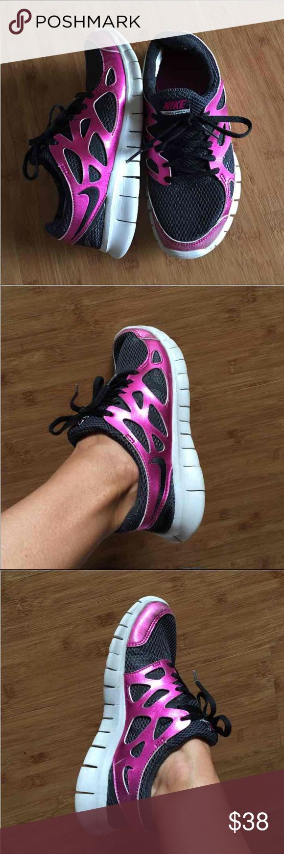 Nike Free Run Shoes, size 7.5 Nike shoes size 7.5, Free Run 2 in black and metallic hot pink! Gently worn but in great condition. Super comfy, light & beautiful! These shoes have Nike+ sensor capability that enables you to track your runs!The only sign of wear is lighter shade of metallic pink in the front but not very noticeable, looks intentional. Nike Shoes Athletic Shoes