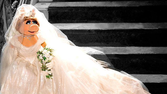 ヴィヴィアン・ウエストウッドが最新ディズニー映画に衣装協力 - ウェディングドレスを制作