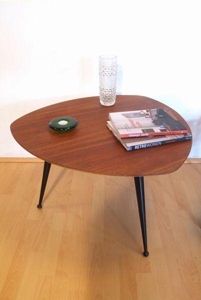 Pastoe table