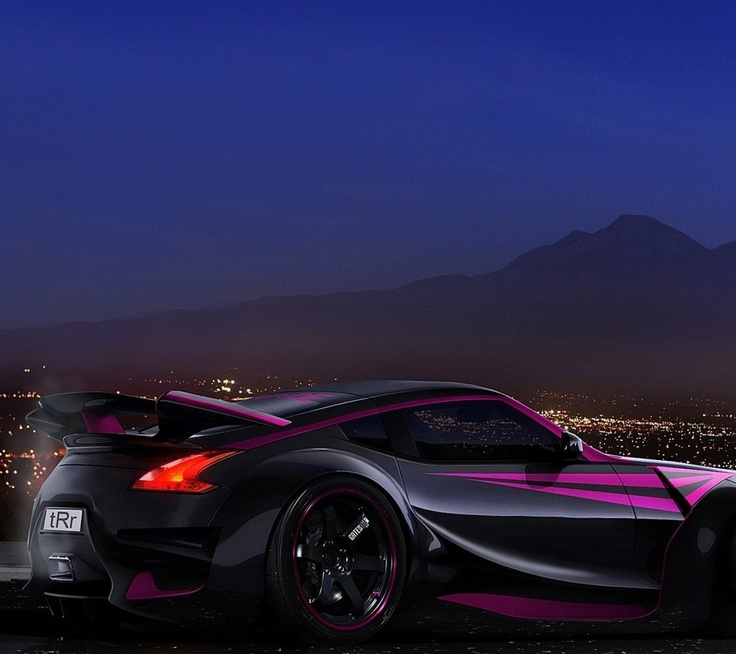 purple 370z? If im even right? the spoiler and other add ons make this bearly recognizable. Still awesome though.