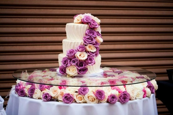 average size of wedding cake table glass table for wedding cake wedding cake table 10946