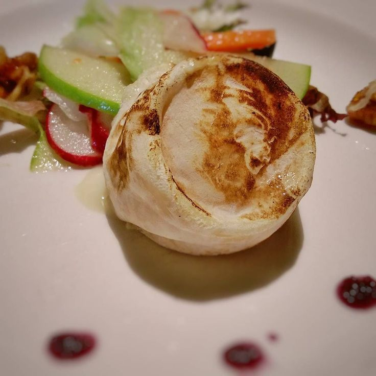 Yummy goats cheese with Waldorf salad #cruiserevolution @pandocruises #cruise #food #myclia