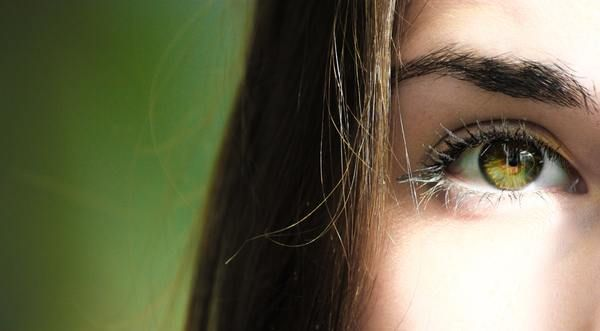 Ochii sunt foarte importanți de aceea, ține de noi să avem grijă să îi păstrăm sănătoși. Iată câteva sfaturi: