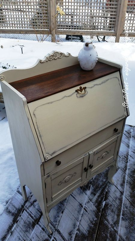 Painted Secretary/Desk Annie Sloan Chalk Paint Old Ochre and Antique Walnut Gel Stain. www.niagarafurniturepainting.com