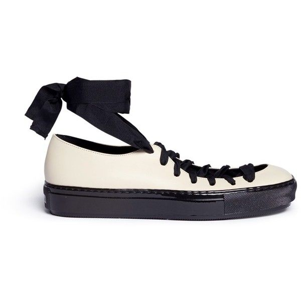 Marni Leather ballerina sneakers (2.345 BRL) ❤ liked on Polyvore featuring shoes, sneakers, neutral, ballet shoes, leather sneakers, marni shoes, ballerina sneakers and leather trainers