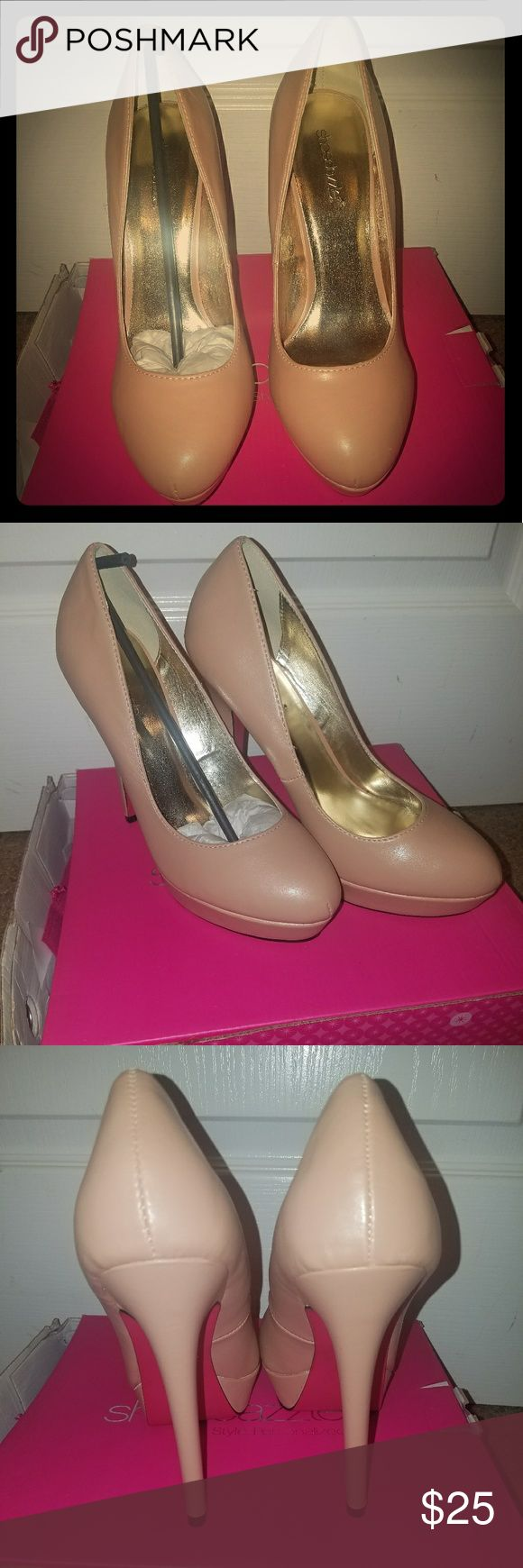 New Shoe Dazzle Nude Pink Crystal Heels Never worn. Nude pink. Heel height 4 inches platform 1 inch. Kept in box. Has dustbag. Smoke free home. Shoe Dazzle Shoes Heels