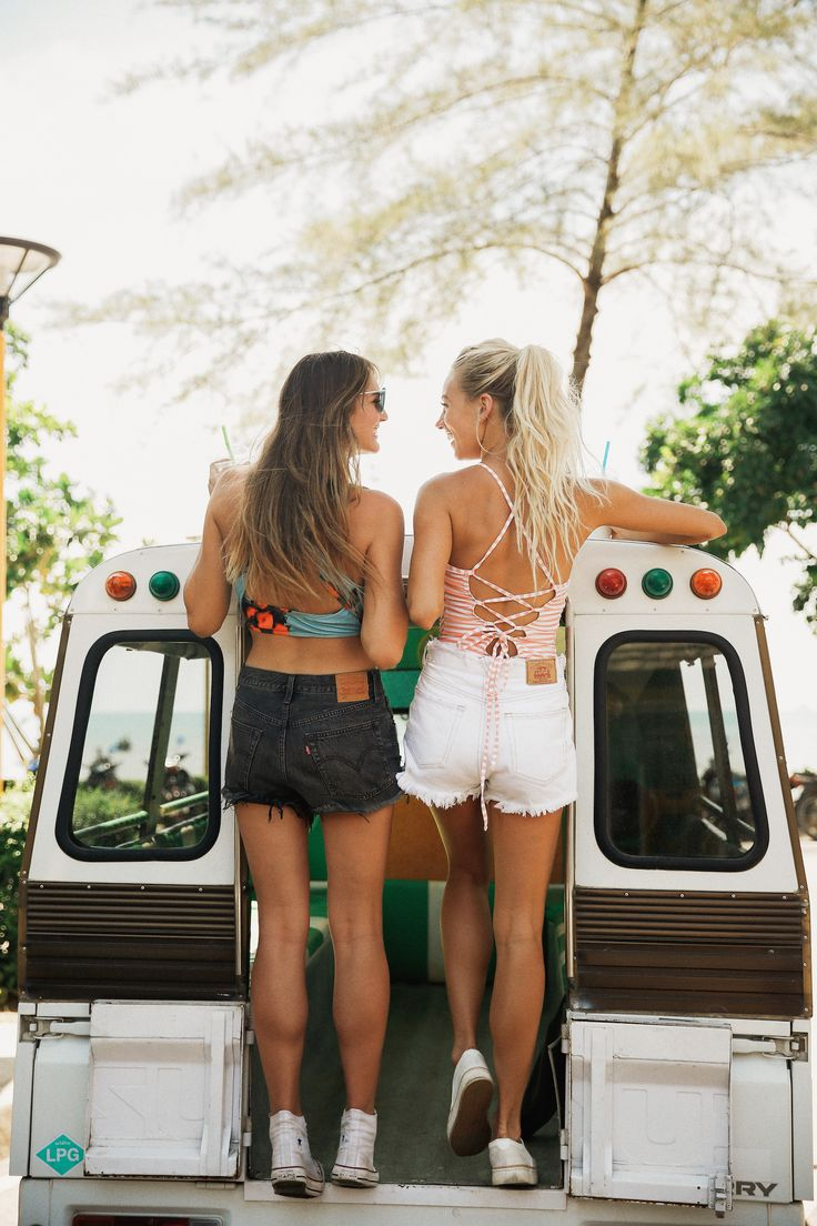 TIME FOR A ROAD TRIP! Grab your best friend and let's hit the road. Don't forget your favorite Albion swimsuit. We suggest our best-selling Clementine Game Changer Top or the Peachy Keen Switchback Crop Top! Pair with high waisted or hipster swim bottoms OR some casual, cute jean shorts. Be prepared for compliments, ladies. All at albionfit.com   @albionfit