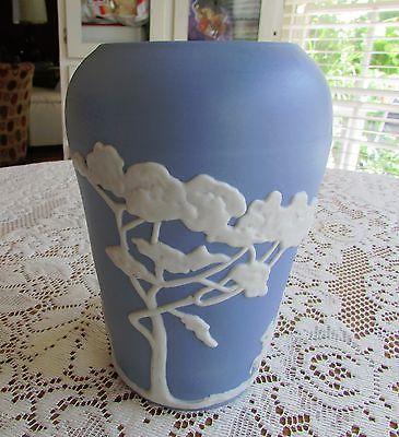 Rare-Vintage-Ecanada-Art-Pottery-Jasperware-Vase-Urn-Signed-Castle-Knight