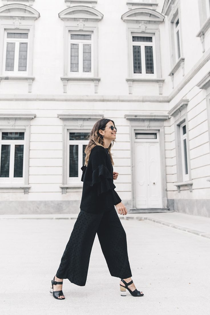 Ruffled_Sleeves_Jumper-Black_Culottes-Dune_Sandals-Beaded_Bag-Outfit-Collage_Vintage-Street_Style-20