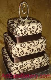 three-tier-square wedding cake