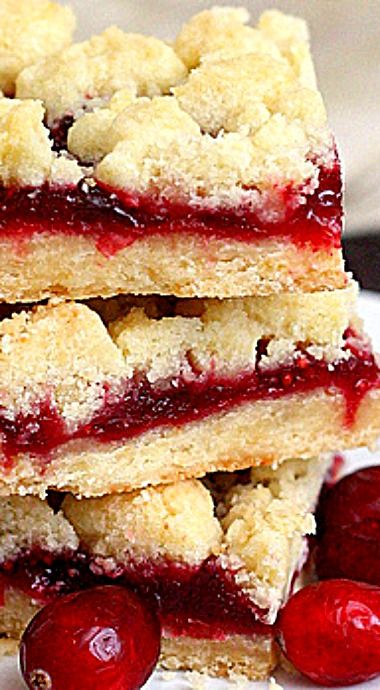 Brown Butter Cranberry Streusel Shortbread Bars | CrAfTy 2 ...