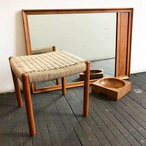 Just got some really nice mid century wood pieces in. 🌵🌿 Mid Century Danish Teak ottoman with fresh woven Danish cord $285 • Mid Century mirror $268 • Mid Century wood bowl $148 🌾. 〰〰〰 #midcentury #midcenturymodern #danishmodern #jute #danishcord #rope #vintagemirror #teak #classic #midcenturyfurniture #pretty #love #1960s #livingroom #bedroom #style #tgif
