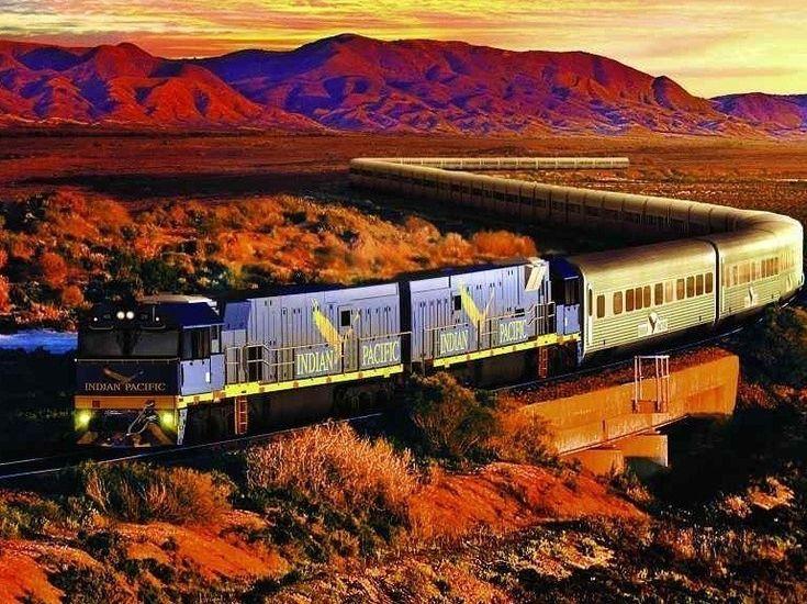 L'Indian Pacific est le dernier train transcontinental encore en service. Il propose un parcours long de 4,352 km, traversant l'Australie de la Côte Est à la Côte Ouest. Au programme, les visites des villes de l'Outback à Broken Hill, Adélaïde et Kalgoorlie. .
