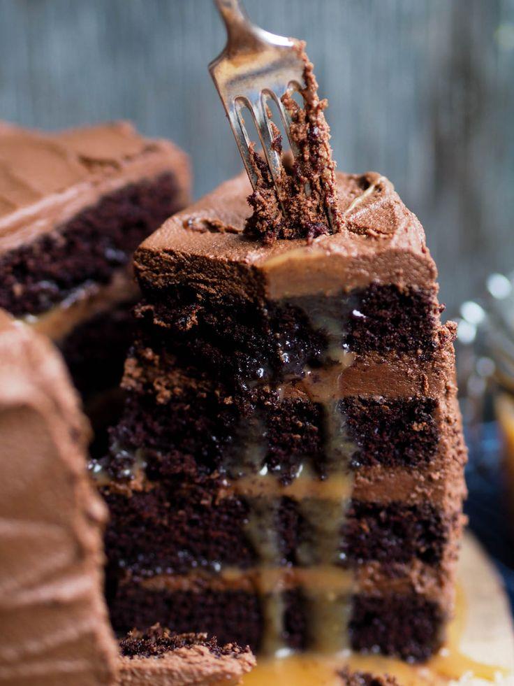 Sjokoladekake med rennende karamell_P2170110