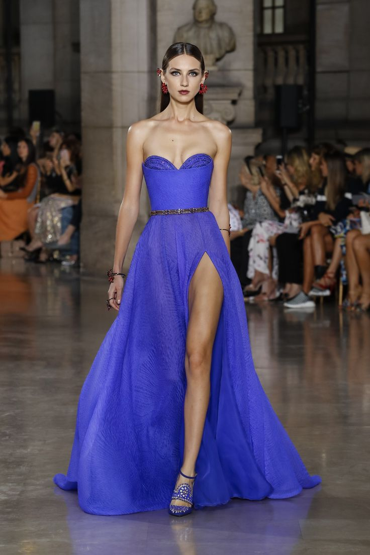Georges Hobeika | Haute Couture Fall-Winter 2017-18 | Look 17
