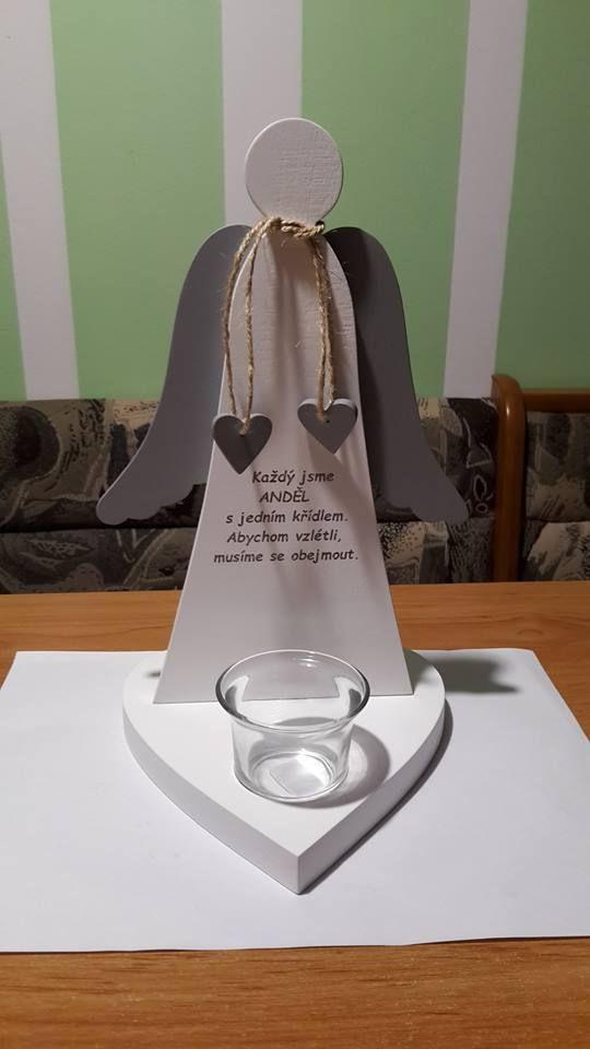 Vyrobím svícen anděla na podstavci se srdíčka včetně textu a dodání skla na svíčku-cena 270kč