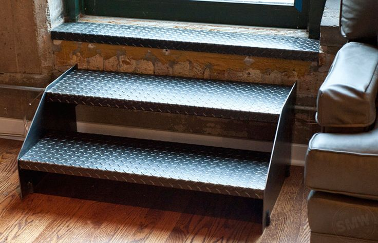 Best 17 Curated Custom Stairs Ideas By Smetalworks Modern 400 x 300