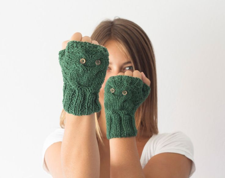 Green texting gloves with owl pattern,fingerless gloves,wrist warmers,mittens,gift for her,womens knit gloves,half finger gloves by homelab on Etsy https://www.etsy.com/listing/62118379/green-texting-gloves-with-owl