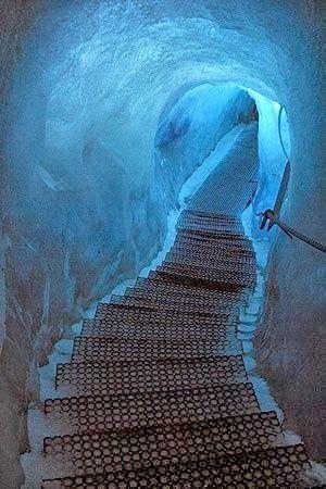 Eishöhle, Dachstein, Austria.// Austria, See the World February 03, 2014 Austria, See the World