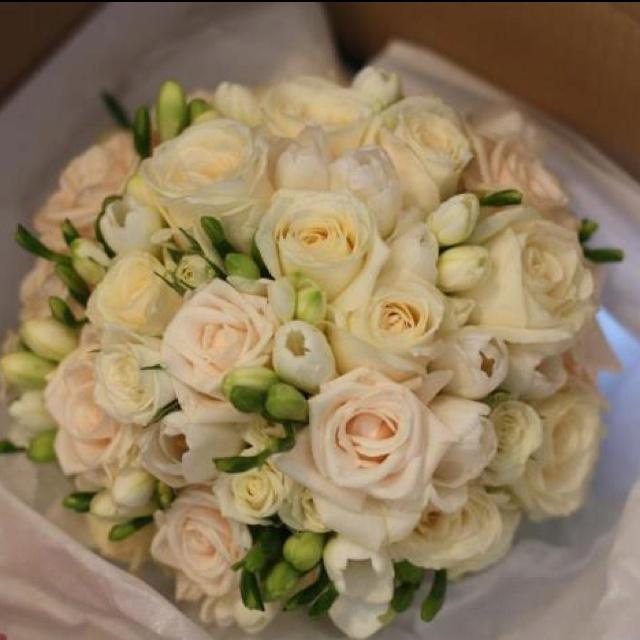 Bridal Flowers - Magnolia Flowers Ashgrove Australia.