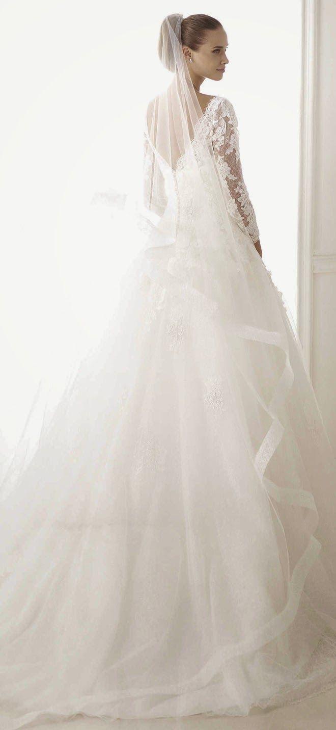107 best Hochzeitskleid images on Pinterest | Wedding frocks, Bridal ...