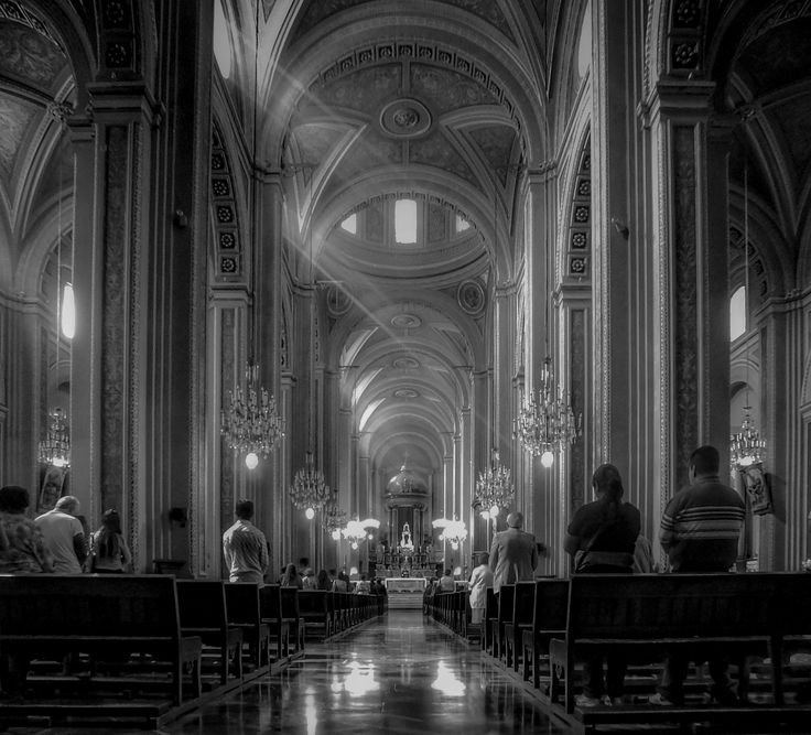 https://flic.kr/p/CBEcKH   Sunday Mass at Morelia Catedral -BNW- (Morelia, Michoacán, México. Gustavo Thomas © 2014)   Misa de domingo en la Catedral de Morelia -BN- Sunday Mass at Morelia Catedral -BNW-  (Morelia, Michoacán, México. Gustavo Thomas © 2014)