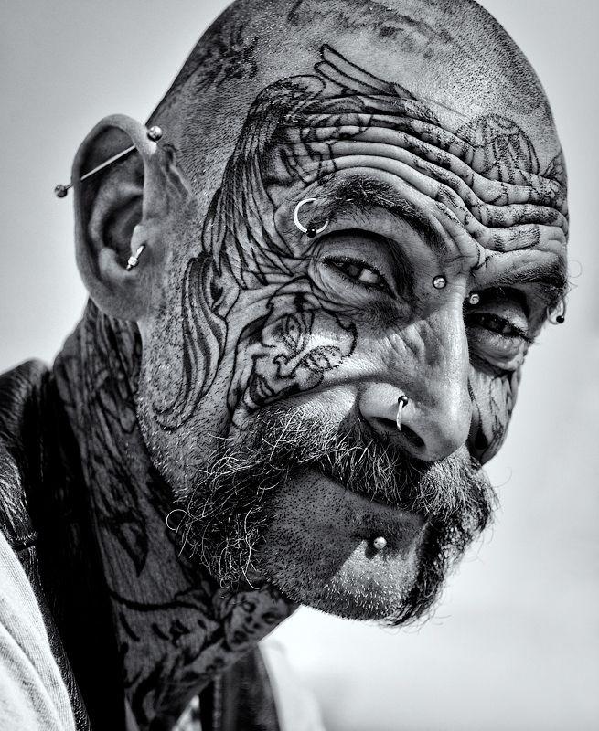 Old People Tattoo, Awesome Tattoo, Tattoo Pattern, Body Art, Tattoostattoo Design, Face Tattoo, Tattoo Ink, Design Tattoo, Blackwhite Tattoo