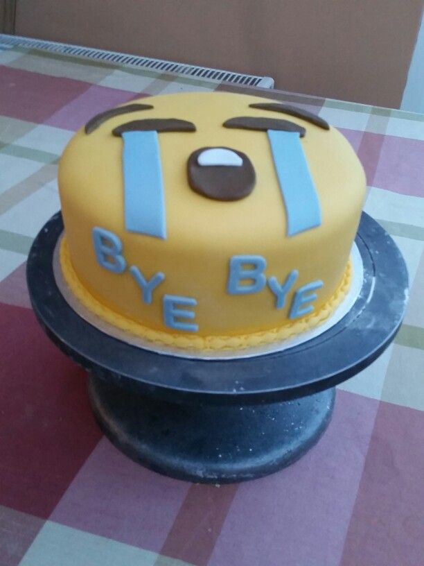68 Best Emojis Cakes And Ideas Images On Pinterest