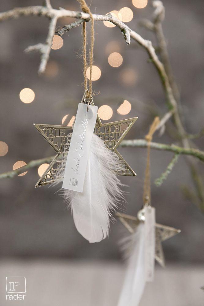 Silberstern funkeln am Weihnachtsbaum. Material: Ornamente aus Neusilber, mit Naturkordel, Transparentpapier, Feder.
