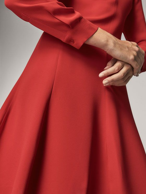 Fall Winter 2017 Women´s RED A-LINE DRESS at Massimo Dutti for 79.95. Effortless elegance!