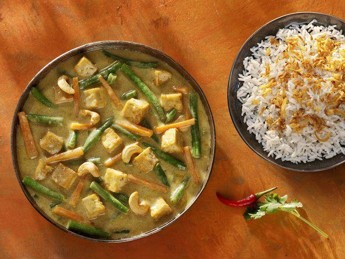 Indonesische Groenten Curry met tofu en sperziebonen recept - Conimex