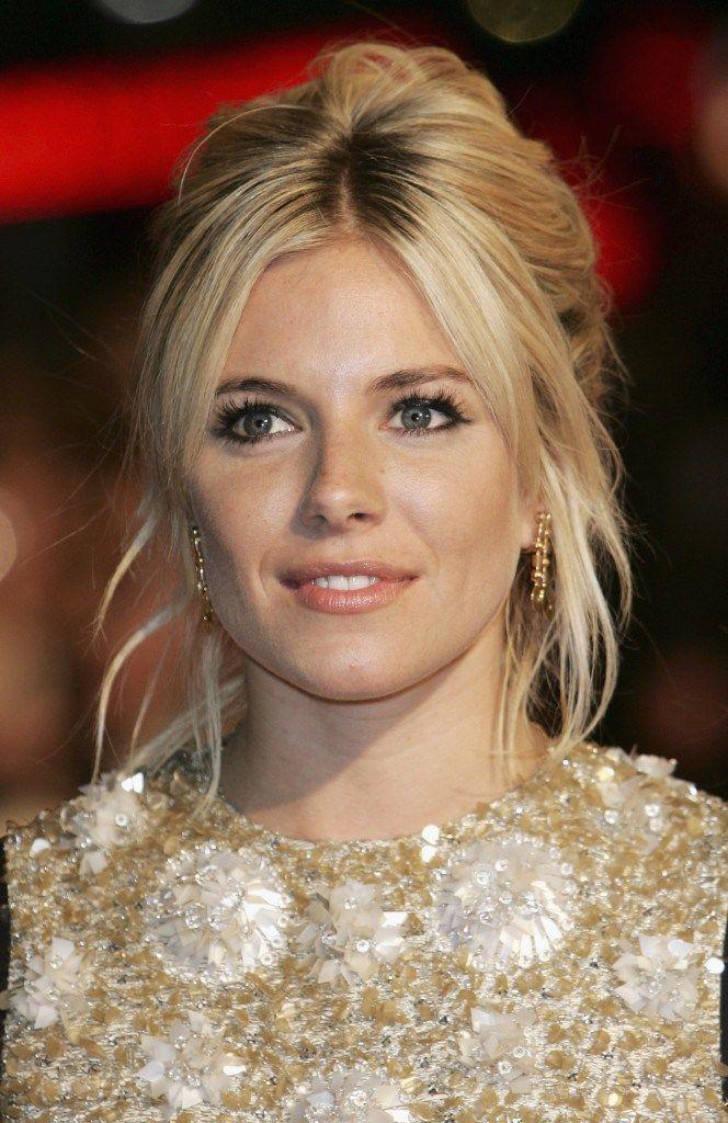 Penteado informal de Sienna Miller deixa o look jovem e charmoso | Upost