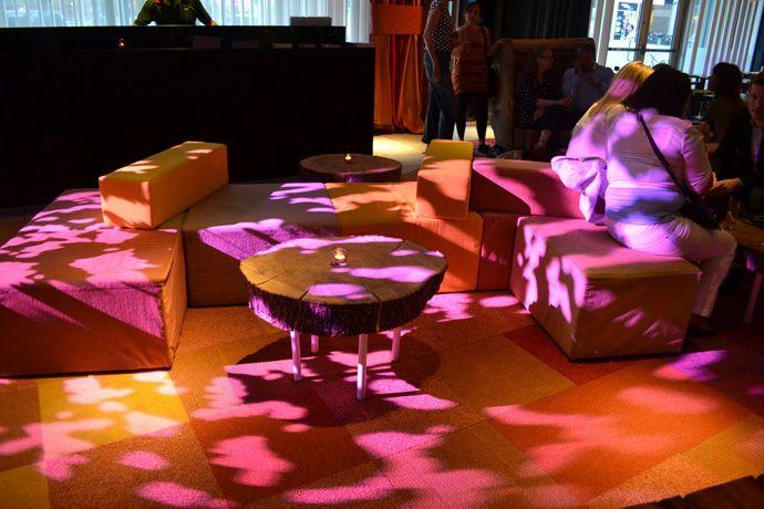 Midsummer Pixels, Nordic Light Hotel