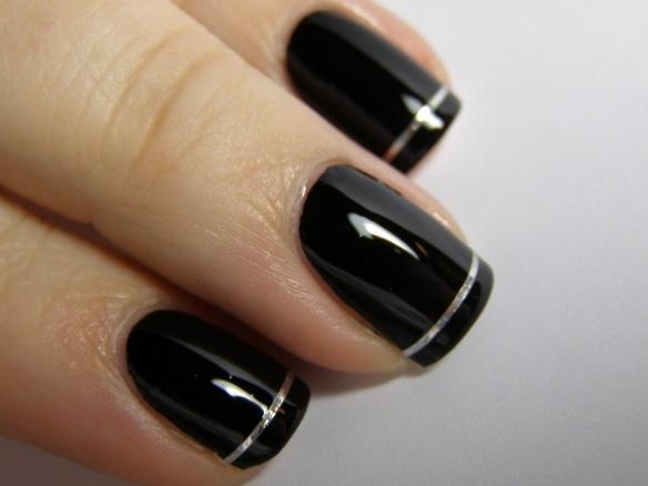 ClassyNails Art, Silver Stripes, French Manicures, Nails Hair Makeup, Black Nails, Nails Polish, Hairstyles Makeup Nails, Art Deco, Classy Black