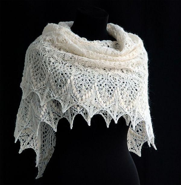 Lovely free lace knitting patterns.