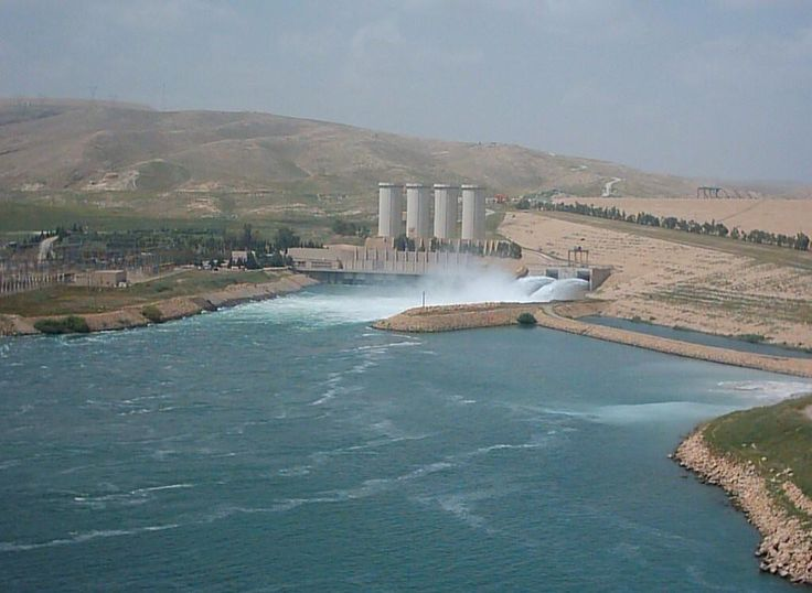 DOONSPOT: ISIS fighters grab Dam, oilfield in Iraq