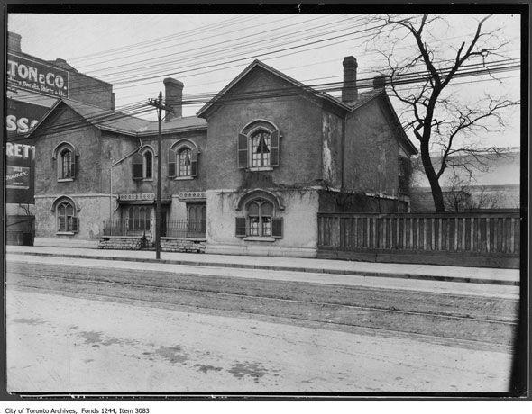 Globe & Mail development reveals lost Toronto mansion