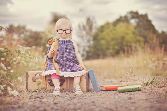 lol too cute: Books Worms, Kids Pictures, Love Ideas, Child Photography, Photo Session, Children Photography, Eye Glasses, Photography Ideas, Photography Inspiration
